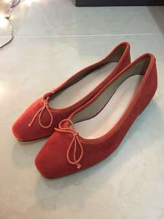 Red shoes size 36