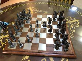 Chess Set ( Lord of the Rings ) Selangor Pewter