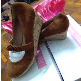 Vern's brown heels