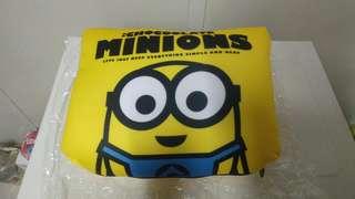 Minions飛機頸枕(全新)