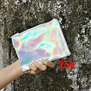 Pouch hologram