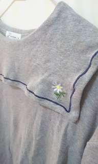 🚚 刺繡小雛菊衣領 長袖上衣