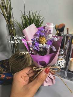 Customisable Dried Flower Cards