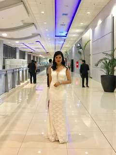 White gown (Used once)