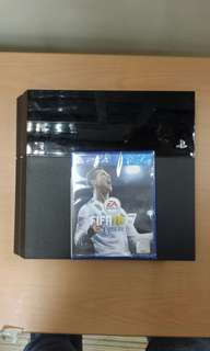 PS4 Set (Used) with Fifa 18