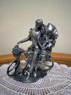 Loving Statue