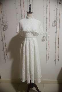 *Vintage* Lace Gown