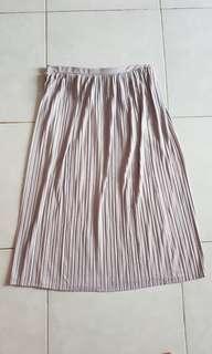Forever 21 size M grey elastic skirt