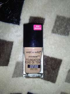 Wet n Wild Photo Focus Foundation in Cream Beige