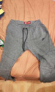 Nike 縮口褲 深灰XL