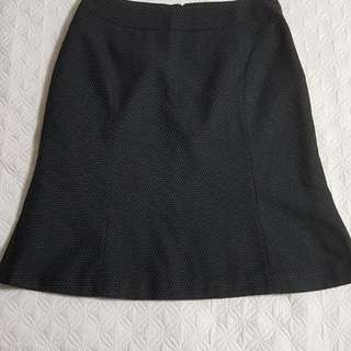 Office skirt w/ dots