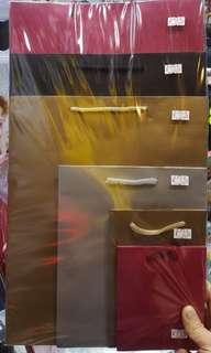 多款尺寸手挽紙袋 禮物袋 紅色黑色金色袋 bags