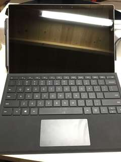 New surface pro I7 8gb ram 256rom