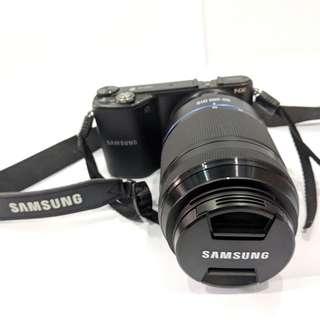 Samsung NX2000 Mirrorless Camera (Include 2 lenses & 3 filter (F/3.5 20-50mm & F/4 50-200mm)