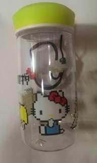 Hello Kitty 全新透明膠水樽連繩