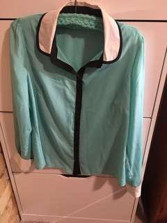 Turquoise long sleeve top with white collar and black stripe small