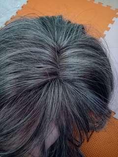 Wig grey
