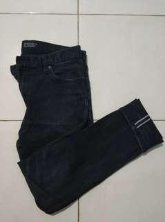 Jeans Selvedge Uniqlo Ukuran 34