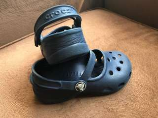 crocs gurl sandle