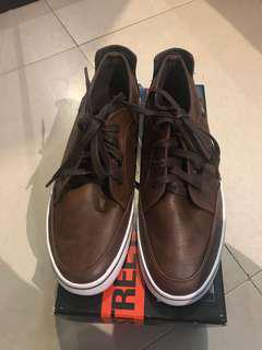 100% auth World Balance mens shoes brown bnib. US 8 fits size 9
