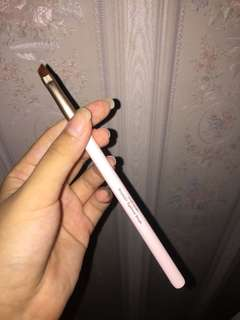 angled eyebrow brush etude house