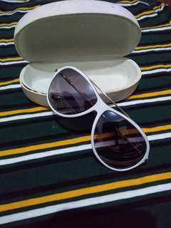 Reprice !!! Charles & Keith sunglasses