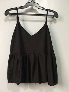 Cropped top strap