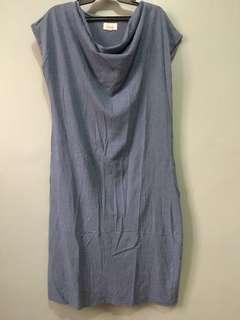 Semi long dress