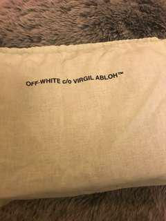 Off White Sculpture Binder Clip Bag
