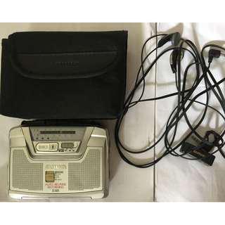 Aiwa HS-JS385 AM/FM Stereo Radio Cassette Recorder