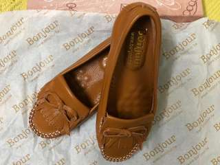 🚚 全真皮豆豆鞋-棕色(35號)