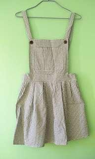 Cute pinafore dress
