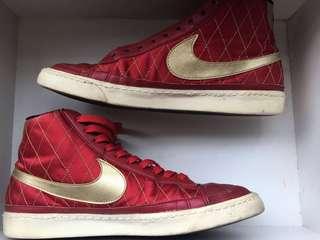 🚚 Nike 鞋帶還在只是還沒串