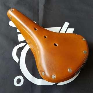 🚚 Brooks b17 standard leather saddle brompton