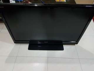 Toshiba Regza 42' LCD TV
