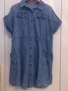 淺藍連身裙