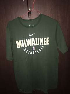 Nike Milwaukee Bucks Tee