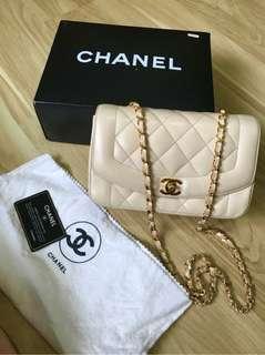 Vintage Chanel米白羊皮Diana bag 22x15x7.5cm