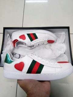 GUCCI SHOES FOR WOMEN (OEM)