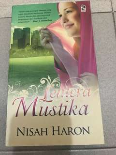 Malay Novel Lentera Mustika by Nisah Haron