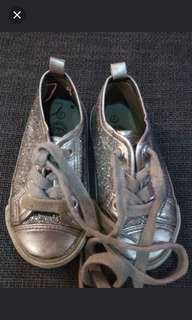 Pumpkin patch silver glitter shoes