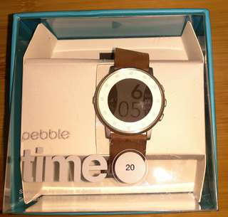 Pebble Time Round 電子手錶