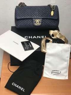 Chanel chevron navy #18 complete set