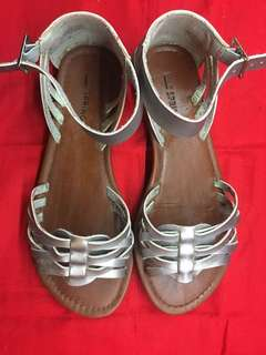 Call it Spring Flat sandal-(silver)