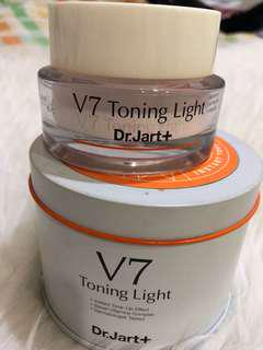 Dr.Jart V7 Toning Light