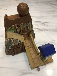 Learning Curve Wooden Thomas Train Mountain Boulder