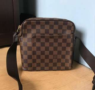Louis Vuitton Olav Pm