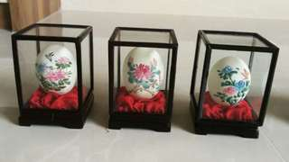 Decorative antique egg display