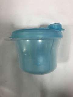 🚚 Avent milk powder container