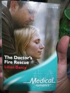 Mills and Boon Medical Romance The Doctor's Fire Rescue